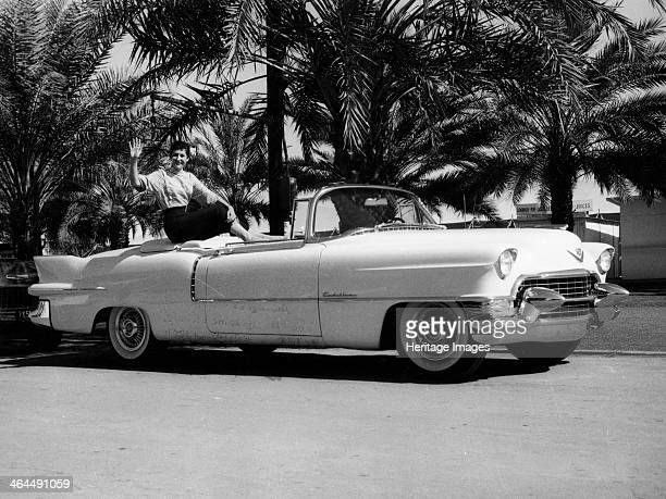 Cadillac Eldorado convertible 3950 of these luxury convertibles were built The 1955 Eldorado is the car which started the craze for tail fins in...