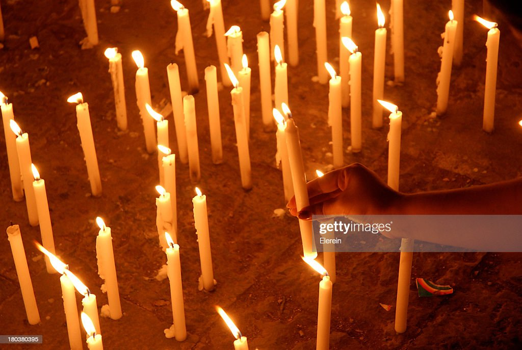 Cadle light vigil : Stock Photo
