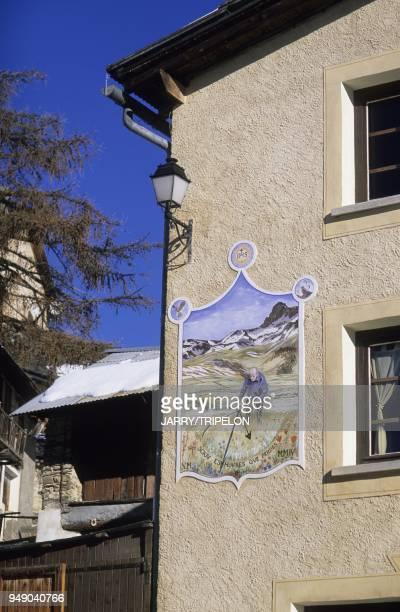 cadran solaire sur la facade d un Gite de France SaintVeran commune la plus haute d Europe a 2040 m Parc Naturel Regional du Queyras departements des...