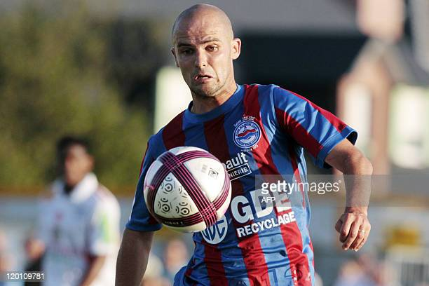 Caen's French midfielder Benjamin Nivet controls the ball during the friendly football match Caen vs Brest on July 30 2011 in Ouistreham northwestern...