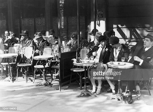 Cafe De La Paix In Paris In 1927
