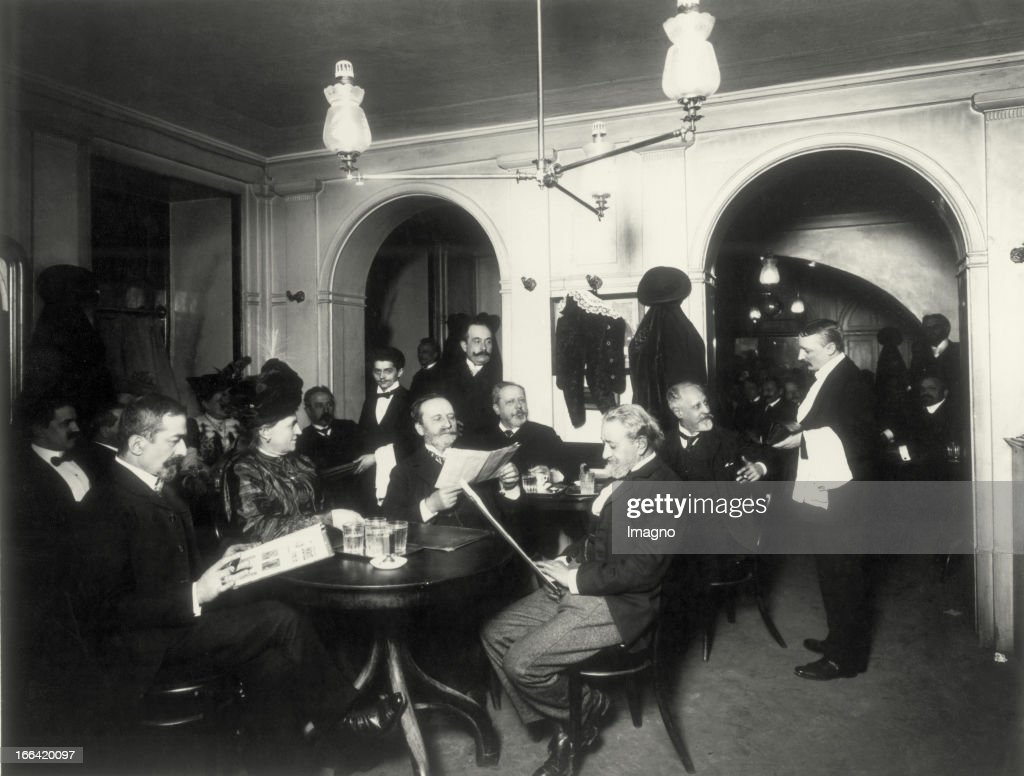 Cafe Dobner (Linke Wienzeile). About 1900. Photograph. : News Photo