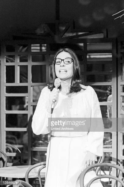 Cafe in Takt, Fernsehserie, Deutschland 1978 - 1984, Gaststar: Nana Mouskouri.