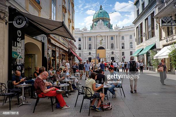 cafe in vienna - vienna austria stock pictures, royalty-free photos & images
