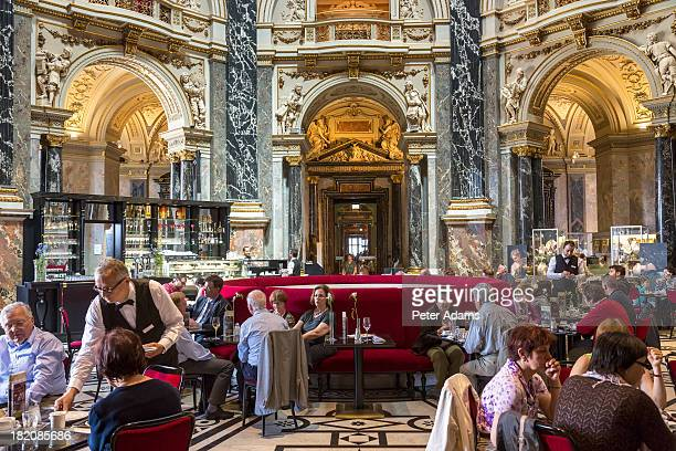 Cafe, Kunsthistorisches Historic Art Museum