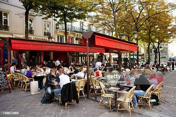 Cafe pizzeria 'Les Patios' on Place de la Sorbonne.