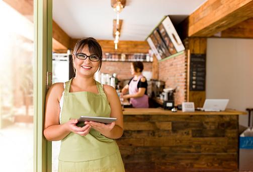 Cafe Shop Owner 1016039094