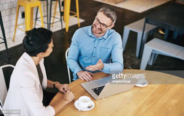 Cafe's brengen business minded mensen samen