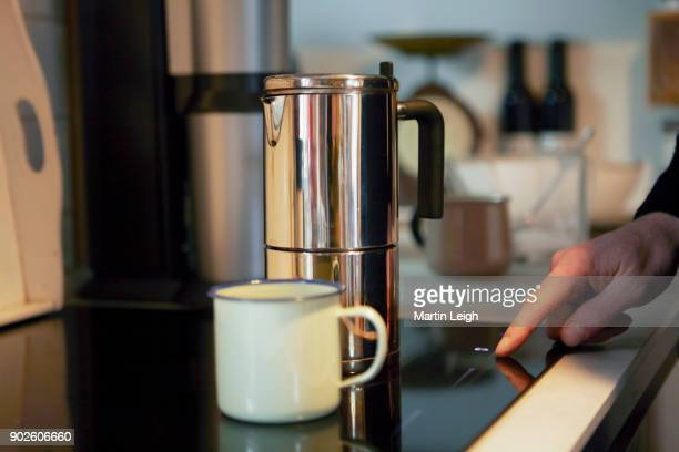 Cafetiere on induction hob