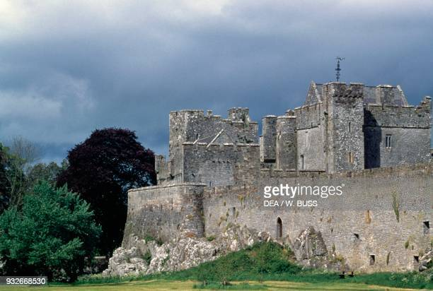 Cahir Castle | Historic Sites & Buildings | Attractions Ireland