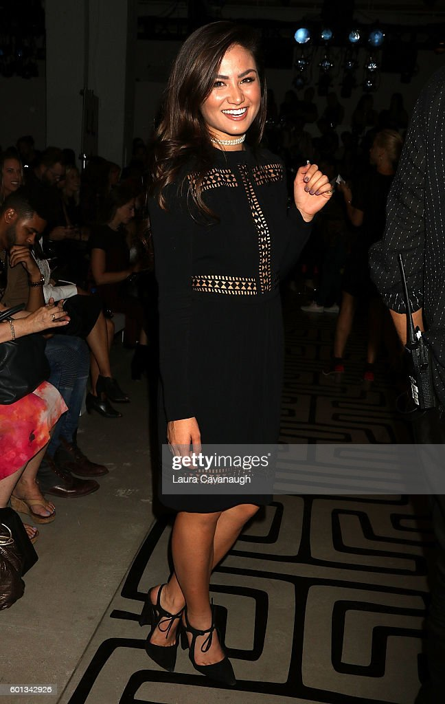 Nicole Miller - Front Row & Backstage - September 2016 New York Fashion Week: The Shows : News Photo