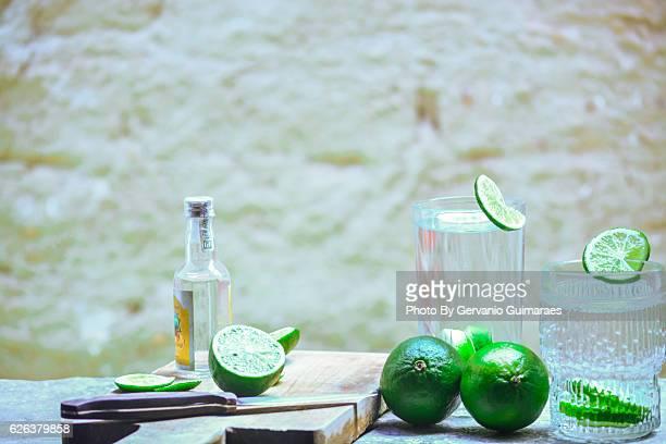 caipirinha - bebida stock pictures, royalty-free photos & images
