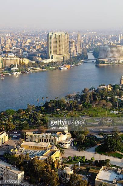 caire et le nil - zamalek photos et images de collection