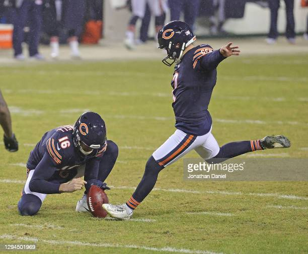 Cairo Santos of the Chicago Bears kicks a field goal out of the hold of Pat O'Donnell against the Green Bay Packers at Soldier Field on January 03,...