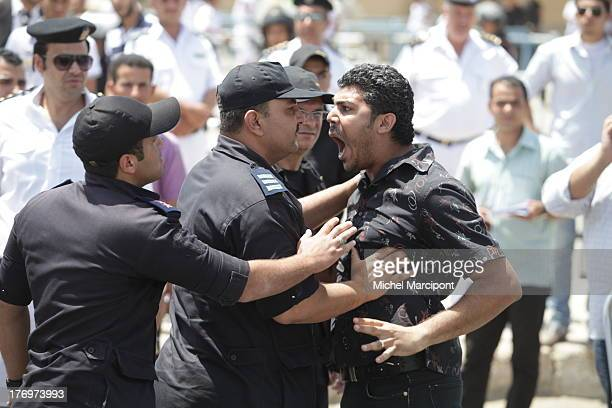 CONTENT] CairoEgypt Expresident Hosni Moubarak was sentenced to life in jail for his role in killing protesters during the Egyptian revolution in...