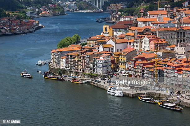 cais da ribeira, porto, portugal - lifeispixels stock pictures, royalty-free photos & images