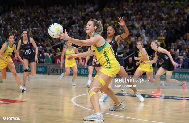 Caitlin Bassett of Australia stretches for the ball during the 2017 Constellation Cup match between the Australian Diamonds and the New Zealand...