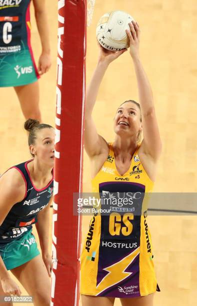 Caitlin Bassett of the Lightning shoots the ball during the Super Netball Major Semi Final match between the Vixens and the Lightning at Margaret...