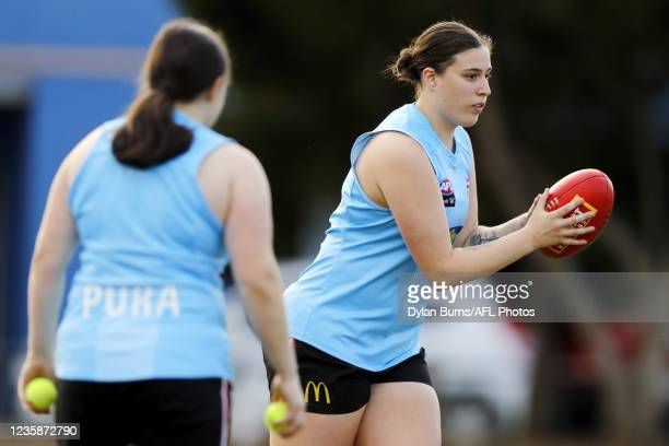 Caitlin Greiser of the Saints in action during the St Kilda training session at RSEA Park on October 14, 2021 in Melbourne, Australia.