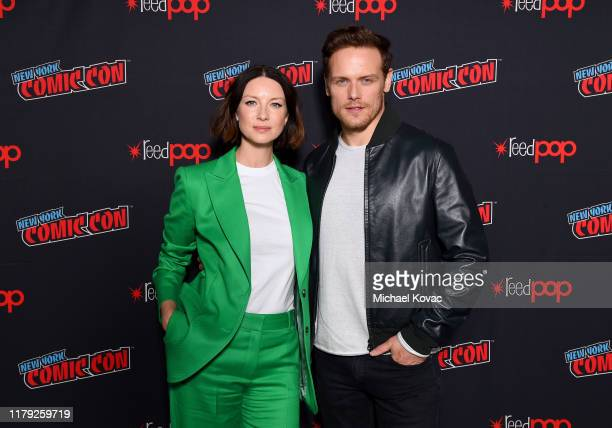 """Caitriona Balfe and Sam Heughan attend STARZ """"Outlander"""" at NYCC 2019 on October 05, 2019 in New York City."""