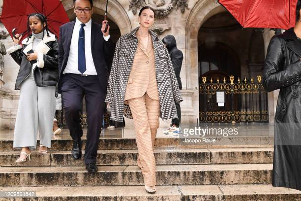 Caitriona Balfe attends the Stella McCartney show as part of the Paris Fashion Week Womenswear Fall/Winter 2020/2021 on March 02, 2020 in Paris,...