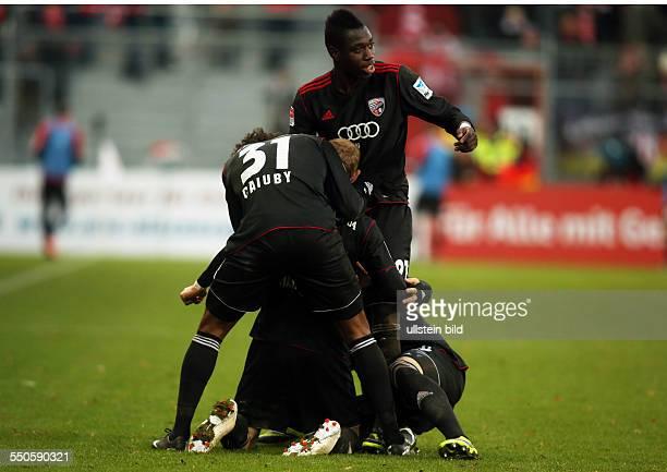 Caiuby, Moritz Hartmann, Danny da Costa,Jubel, Freude, Emotion nach Tor zum 1:2 durch Hartmann , FC Energie Cottbus - FC Ingostadt, zweite...
