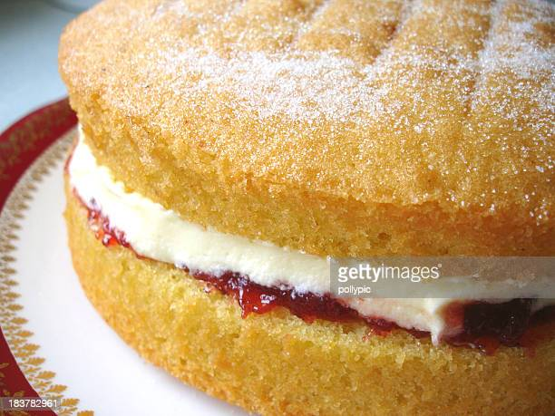 cake (victoria sandwich) - sponge cake stock pictures, royalty-free photos & images