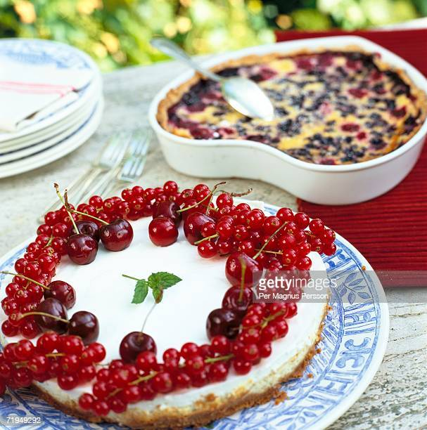 Cakes with berries.