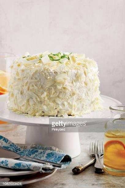 cake,Sponge cake with white chocolate,Victoria Sponge Cake