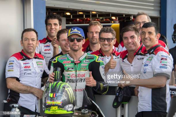 Cal Crutchlow of Great Britain and LCR Honda celebrate the MotoGP independent team pole position during the MotoGP Of Thailand Qualifying on October...