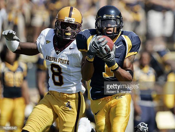 Cal receiver DeSean Jackson catches one for a touchdown as the California Golden Bears defeated the Arizona State Sun Devils by a score of 49 to 21...
