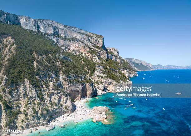cala mariolu, orosei gulf, sardinia east coast. italy - cala goloritze foto e immagini stock