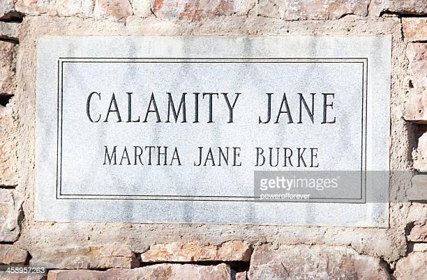 calamity jane's grave - deadwood, south dakota - calamity jane stock pictures, royalty-free photos & images