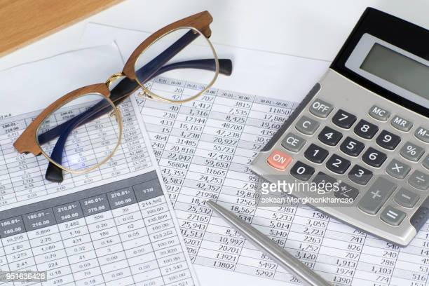 Calculator pen and rates documents with interest .