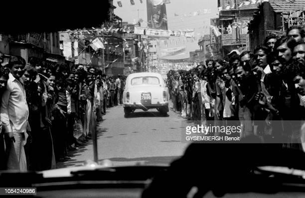 Calcutta Inde mars 1987 Élections dans l¿État du BengaleOccidental Meeting du Premier ministre indien Rajiv GANDHI venu soutenir les candidats du...