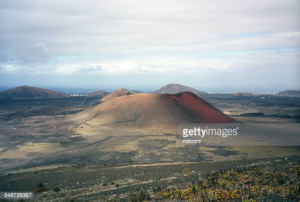 caldera colorada, lanzarote - miloniro stock pictures, royalty-free photos & images