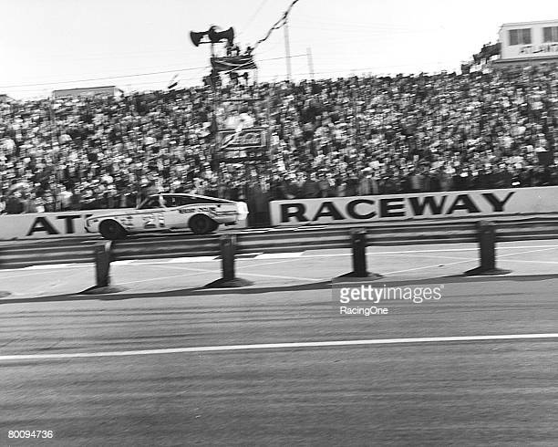 Cale Yarborough and the Wood Brothers' mastery of Atlanta was almost absolute in the late 1960's. Here Cale takes the checkered flag in his third...