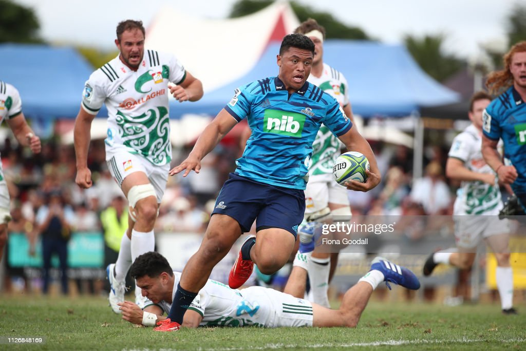 Blues v Chiefs - Super Rugby Pre-Season : News Photo