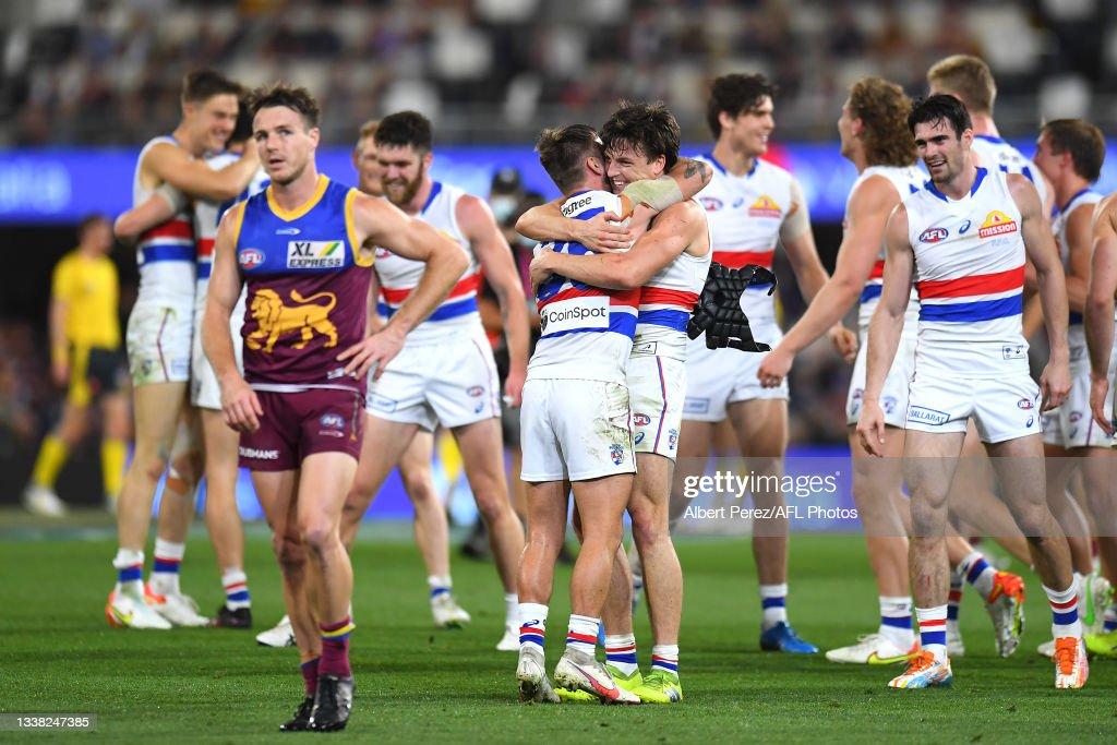 AFL 1st Semi Final - Brisbane v Western Bulldogs : News Photo
