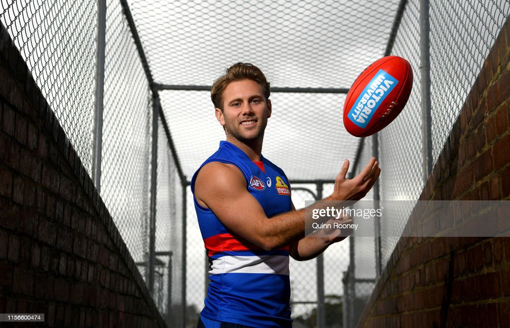 Western Bulldogs Training Session : News Photo