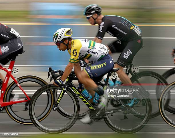 Caleb Ewan of Australia and OricaScott and Chris Froome of Great Britain and Team Sky ride during the Men's Towards Zero Race Melbourne during the...
