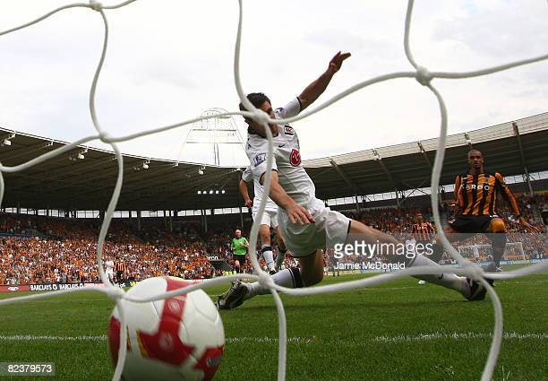 Caleb Folan scores the winning goal for Hull City during the Barclays Premier League match between Hull Ciy and Fulham at the KC Stadium on August 16...