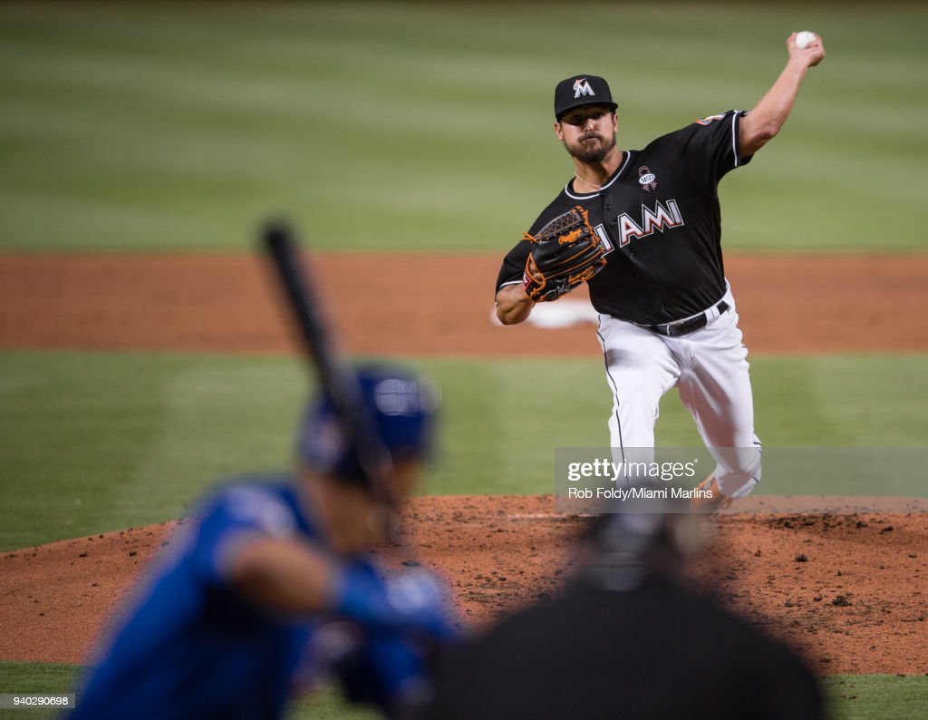 Caleb Smith #31 of the Miami Marlins pitches during the game against the Chicago Cubs at Marlins Park on March 30, 2018 in Miami, Florida.