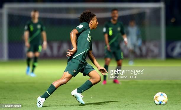 Caleb Watts of Australia runs with the ball during the FIFA U-17 World Cup Brazil 2019 Group B match between Ecuador and Australia at Estadio...