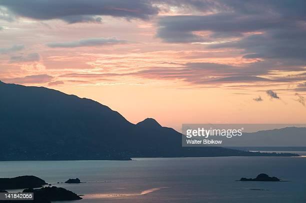 NEW CALEDONIA-Grande Terre Island-NOUMEA: View of Baie de Magenta / Sunrise