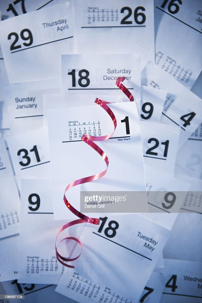 Calendar cards and red ribbon : Stock Photo