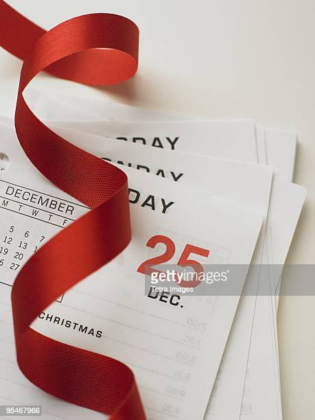 Calendar pages and ribbon