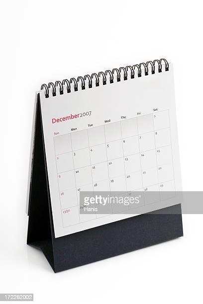 Calendar standing