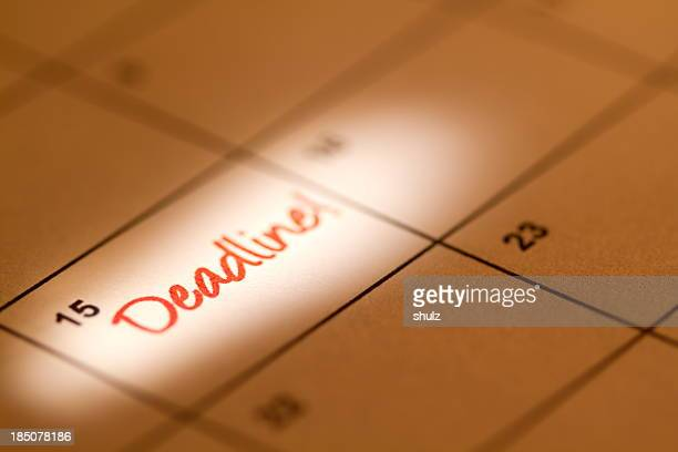 Calendar with deadline in red