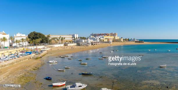 caleta beach in cadiz, andalusia, spain - cádiz stock pictures, royalty-free photos & images
